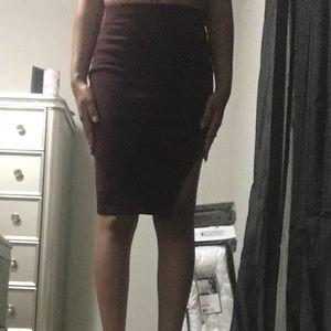 Flirty pencil skirt